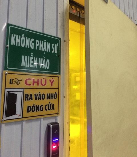 lap-dat-may-cham-cong-van-tay-0110
